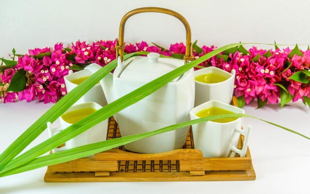 Tea-Chocolate-Torte mit Zucchini