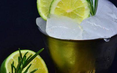 Limetten-Glasnudeln-Sorbet mit Rosenmascarpone